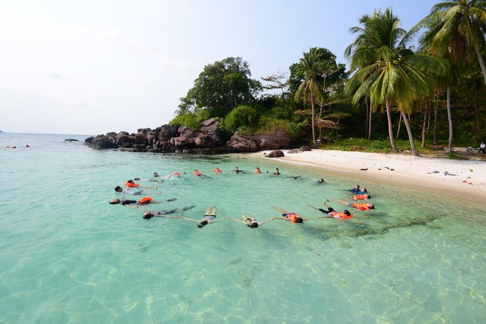 Móng Tay là điểm đến lý tưởng ở Phú Quốc dành cho những ai trót yêu và say đắm biển.