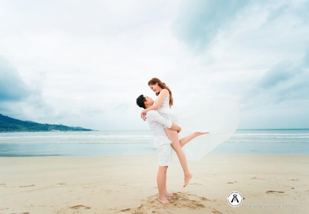 Ảnh cưới nhẹ nhàng tại biển Đà Nẵng